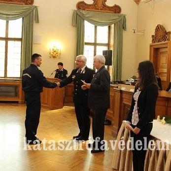 Szigetvári tűzoltókat is kitüntettek