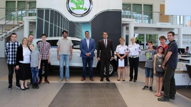 Esztergomi család jutott az autóért csatázók döntőjébe