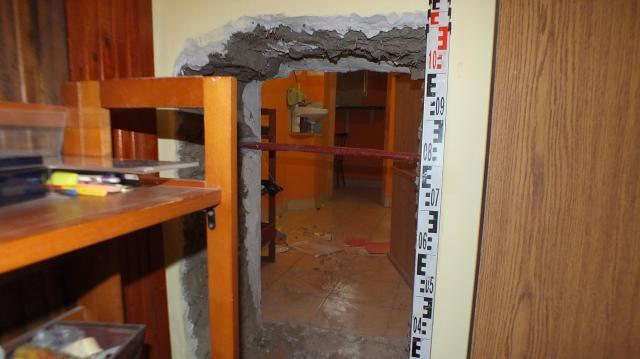 Házfalban bujkált egy szökésben lévő férfi Mezőkovácsházán