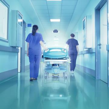 Radikálisan csökkent az orvosok és ápolók elvándorlása