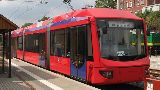 Lázár: átalakítja a vásárhelyiek életét a tram-train