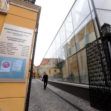 Világhírű magyar festők ritkán látható műveiből nyílik kiállítás Pécsen