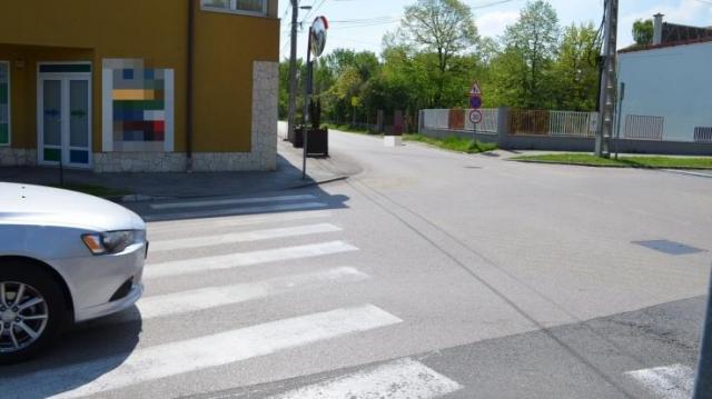 Elütött egy asszonyt a zebrán – Vádat emelnek ellene
