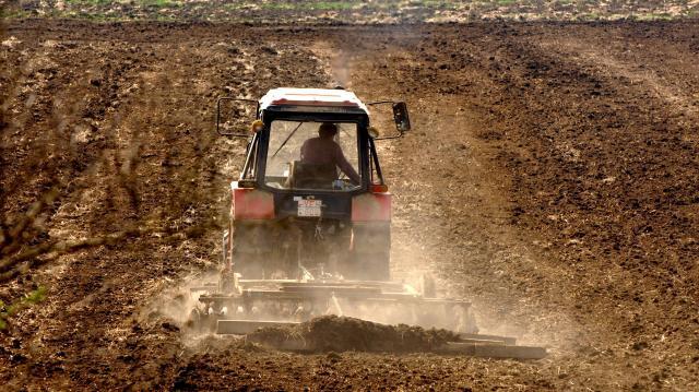 Nyomoznak megyénkben a Földet a gazdáknak! programmal kapcsolatban