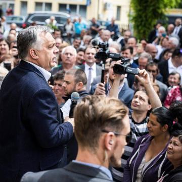 Orbán Viktor Vajszlón: mindenkinek munkát adunk és megvédjük az országot