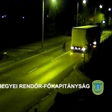 Kamionosok próbáltak meg bicikliket lopni – VIDEÓVAL