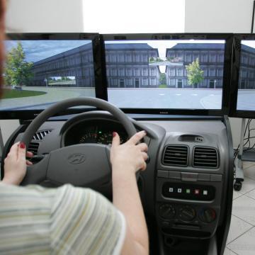 NGM: újabb hivatásos gépkocsivezetői képzések indulnak 1 milliárd forintból