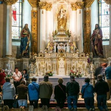 Pünkösdre készül a keresztény világ