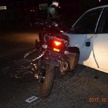Súlyosan megsérült egy motoros egy szabálytalan autós miatt