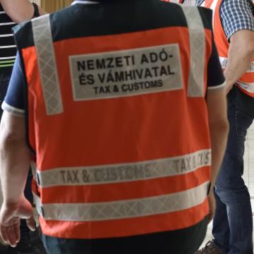 Újabb adózókat ellenőriz a hatóság Baranyában
