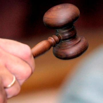 Tényleges életfogytiglanra ítélték a hajléktalan megölésével vádolt sorozatrablót