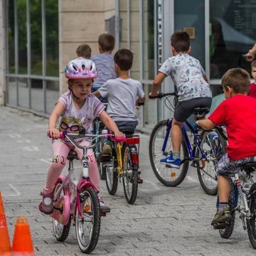 Fesztivállal ünnepelnek a debreceni biciklisek