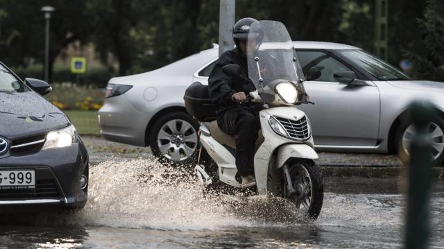 Napi csapadékrekord dőlt meg a Bükkben - Felhőszakadás-veszély Keleten
