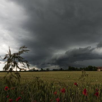 Nyakunkba szakadhat az ég - Már másodfokú a figyelmeztetés térségünkben