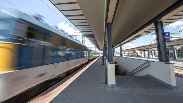 Több vonat indul az utazási igényekhez igazodó nyári menetrendben
