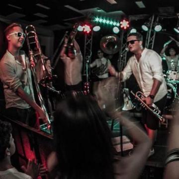A Kelet Brass Band nyerte az egri utcazenész-fesztivált
