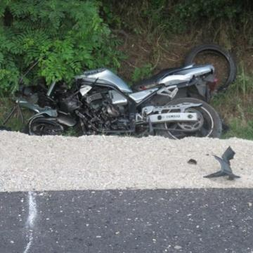 Halálos motorbaleset Tát és Bajna között