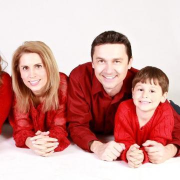 A jövőbe, a magyar családokba kíván befektetni a kormány