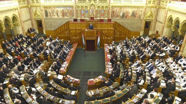 Elkezdődik a 2019-es költségvetés és az adóváltoztatások tárgyalása