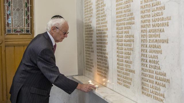 A holokauszt szegedi áldozataira emlékeztek
