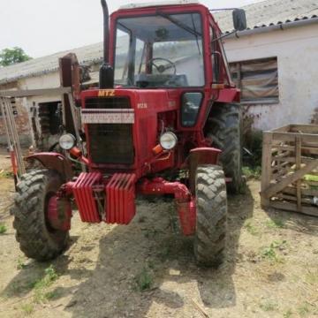 Bosszút állt egy traktoron