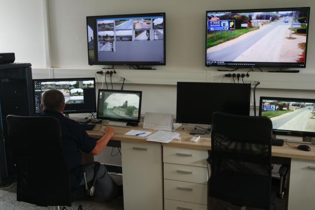 Kamerák tucatjai figyeli majd Érdet – Már tesztelik a rendszert