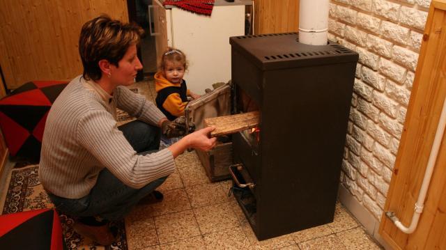 A 12 ezres téli rezsicsökkentést megkapják a gázcsonkos házakban élők is
