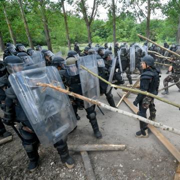 Elbúcsúztatták a Koszovóba induló Bocskai dandár békefenntartó katonáit