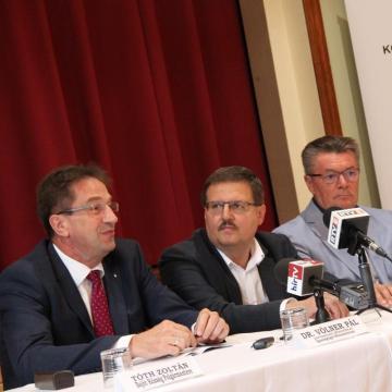 Identitáserősítésre nyert 373 milliót Esztergom és a térség városai