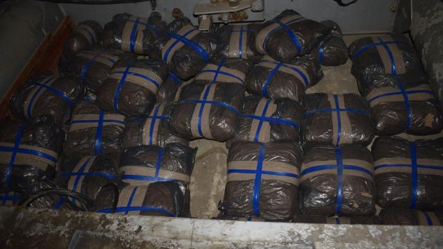 Kamion aljén akart 140 millió forintnyi kábítószert becsempészni a határon