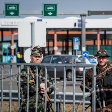 Hétvégén erős forgalom várható a Csongrád megyei átkelőknél