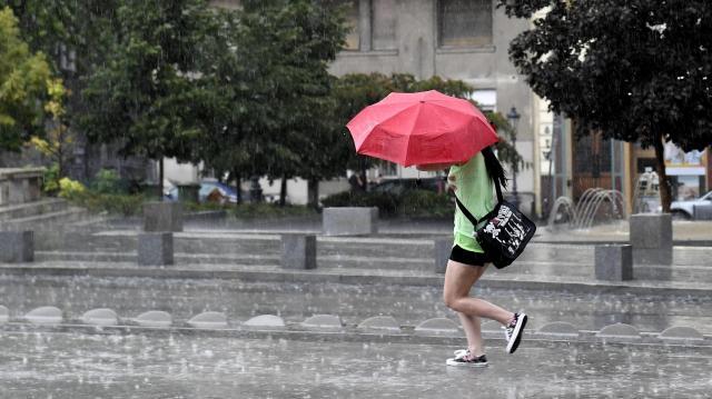 Hőség - Meteorológiai szolgálat: hétvégén érkezik egy gyenge hidegfront