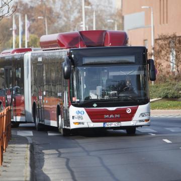 Ingyenes ingajáratok közlekednek a két autóbusz-állomás között