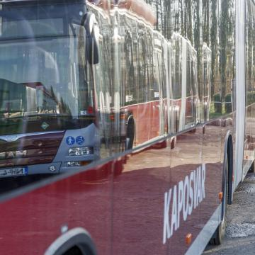 Új helyről indulnak és érkeznek a helyközi autóbuszok