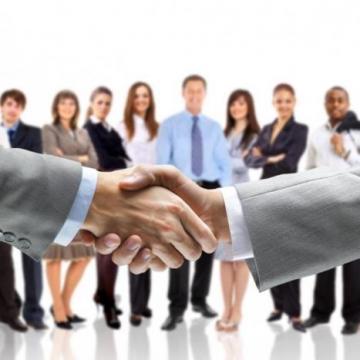 Az új munkaerőpiaci program segítségével legalább 50 ezren helyezkedhetnek el a versenyszférában