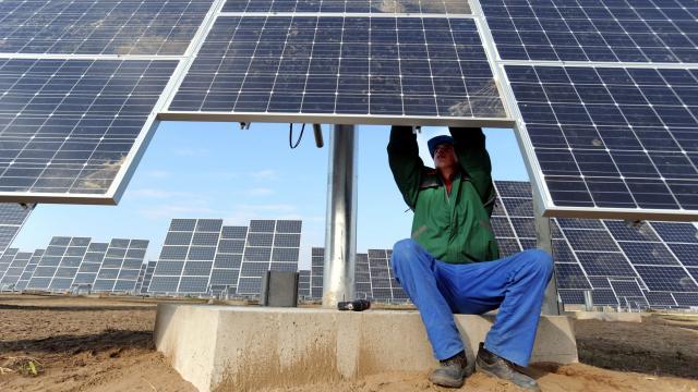 Országszerte 110 naperőművet épít idén az MVM-csoport