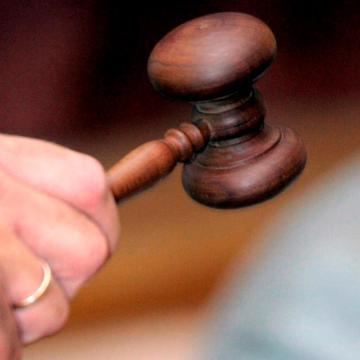 Letartóztatásban maradnak a szerb embercsempészek