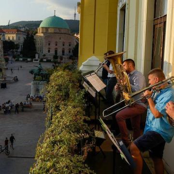 Kezdődik a több mint 250 előadót felvonultató Zeneszüret Fesztivál