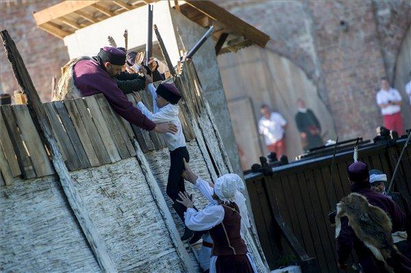 Szigetvár üzen a mai nemzedékeknek - A hazaszeretet sohasem veszíthet