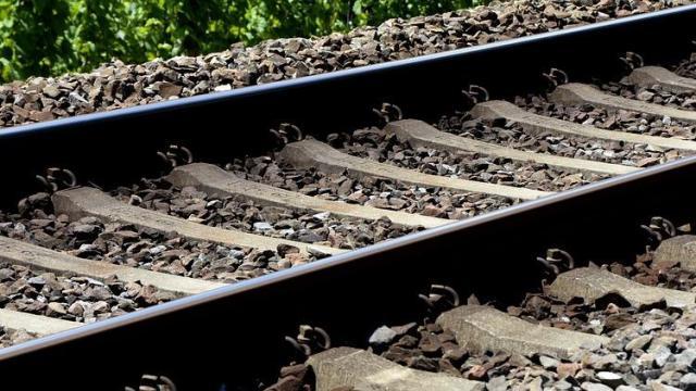 Gázolt a vonat Bükkösd és Szentlőrinc között