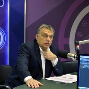Orbán Viktor: A következő csata arról szól, ki védi meg Magyarország határait