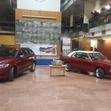 Darabokra szedhetik a diákok ezt az új kocsit