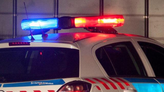 Két kocsi ütközött Nyárlőrincen