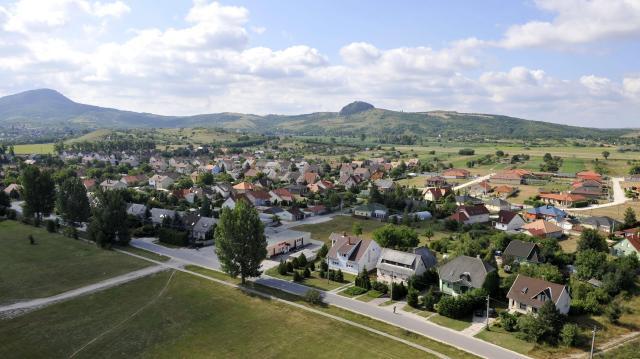 Kisvállalkozói ipari parkot alakítottak ki Táton
