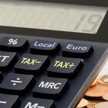 Növekedett az adóbevétel, miközben csökkentek a közterhek