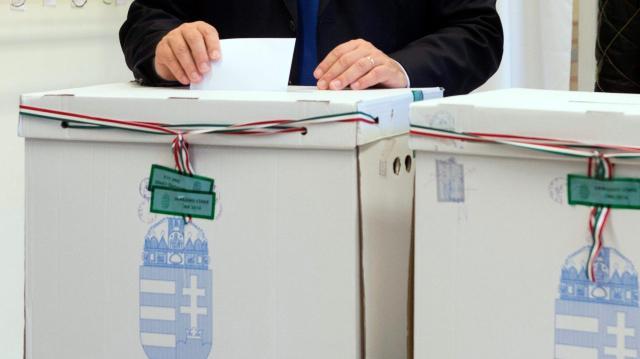 Takács Zsoltot választották Mánfa polgármesterének
