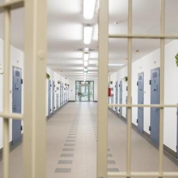 Börtönbe marad a villanyszerelő meggyilkolásával gyanúsított férfi