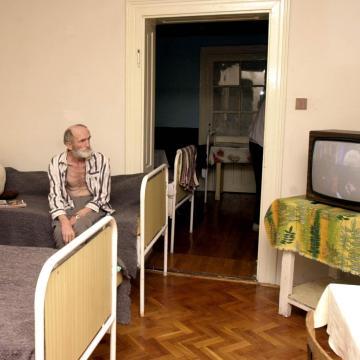 Hajléktalanok - Fülöp Attila: a valódi segítséget az ellátás igénybevétele jelenti