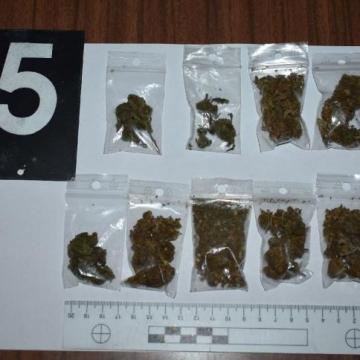Lebukott két huszonéves drogos Mosonmagyaróváron