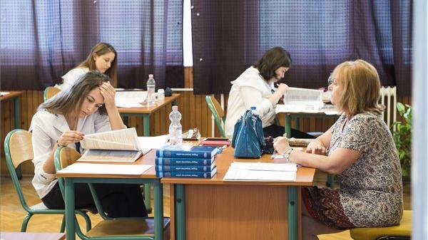 Október 15-én kezdődnek az őszi érettségi vizsgák